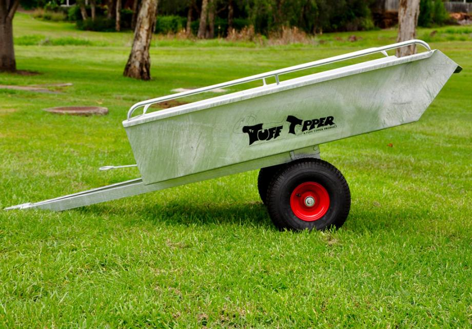 tipping-lawn-care-trailer